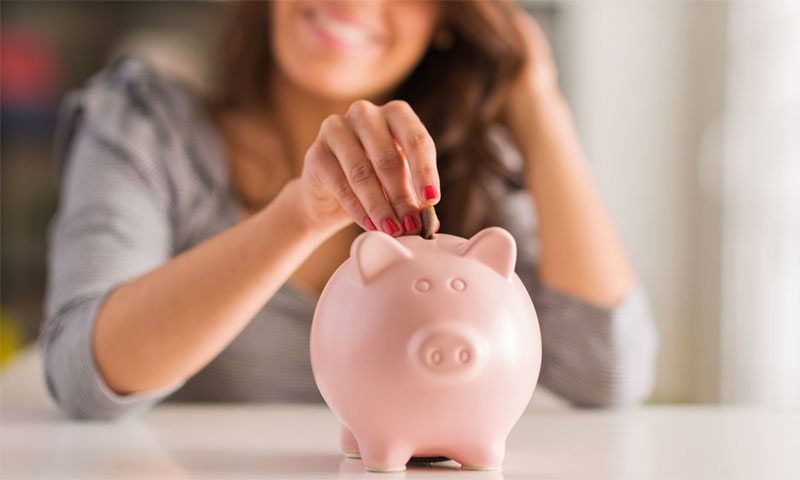10 Easy And Smart Techniques To Save Money