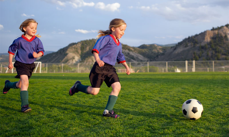 4 Ways To Save On Your Kid's Sports Activities